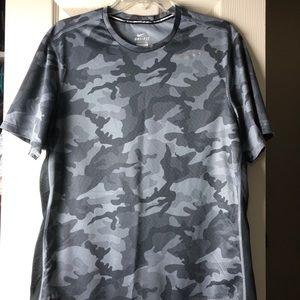 e9140861 Men's Camo Nike Shirts on Poshmark